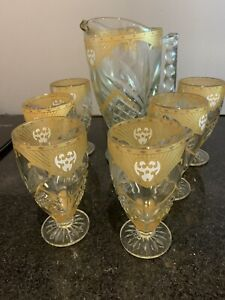 Gorgeous Retro Deco Vintage Glass Jug And 6 Gold Etched Glasses