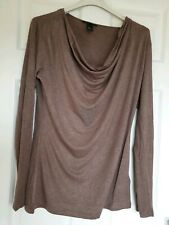 Excellent Condition H&M Scoop Neck Long Sleeve Top Size Medium