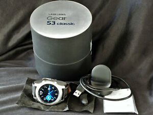 Samsung Gear S3 Men's Classic Silver Smartwatch - (SM-R770) with new strap