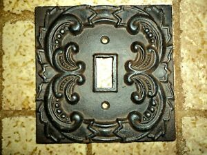 Vintage Decorative Light Switch Cover. Pretty!