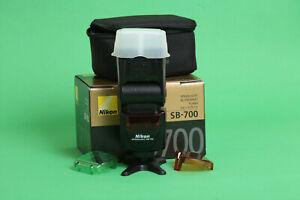 Nikon SB-700 Speedlight Flash - Slight Oxidation of Pins