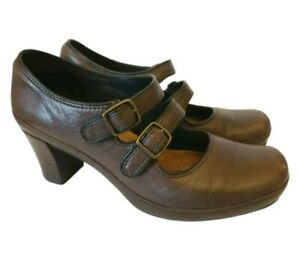 Clarks Artisan Mary Jane Pumps Double Strap  Shoes Brown Leather Size 8