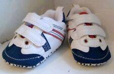 Baskets blanches pour bébé