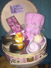 17 Piece Gift Basket for Her - Bath - Mother's Day Romance Anniversary Birthday