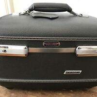 VTG 60's American Tourister Tri Taper Train Makeup Case Gray Hard Luggage W/ Key