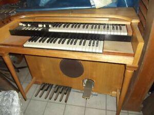 hammond M - 1949 - selten - vintage - das erste Spinett-Modell von Hammond