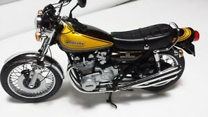 Kawasaki Z1 900.  Minichamps 1/12