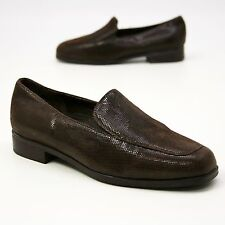 MUNRO AMERICAN Size 5 WW Brown Leather Loafers Slip-on Shoes Latex Sole USA