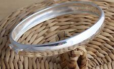 Sólido de plata esterlina 925 Brazalete Pulsera Llano Oval 9 mm D-Forma Reino Unido caracteriza