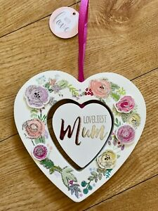 Loveliest Mum Wooden Heart Plaque (Gift/Birthday/Thank You/Mothers Day/Present)