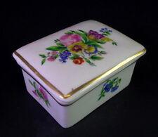 schöne Porzellan Dose   - Biedermeier 1850 - Blumendekore