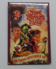 MUPPETS TREASURE ISLAND WALT Disney JIM Henson 1996 Promo Button PIN NOS