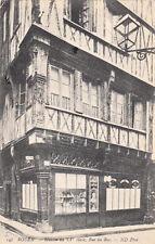 ROUEN 148 maison du XVème siècle rue du bac coiffeur Lava Tory