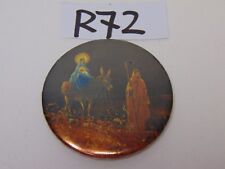 VINTAGE PIN PINBACK BUTTON 1970'S RELIGION BADGE-A-MINT MARY-JESUS RIDING DONKEY