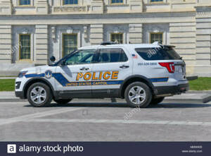 GREENLIGHT POLICE FORD EXPLORER 2020 UNITED STATES CAPITOL POLICE SLICK TOP UNIT