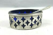 VINTAGE/ANTIQUE STERLING & COBALT BLUE GLASS SALT CELLAR WITH SPOON