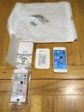 Apple ipod Touch 5th Generation 32gb White & Silver Hardly Used  FREE POSTAGE