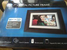 """HP 7"""" Digital Pictures Frame 800 Bilder,16:9 LCD Bildschirm, Auflösung 480x234"""