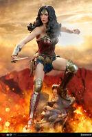 Sideshow Wonder Woman DC Comics Gal Gadot Premium Format Figure Statue NEW