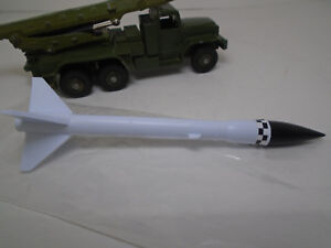 DINKY TOYS REPLACEMENT MISSILE FOR #665 HONEST JOHN. COMPLETE WITH MARKINGS.