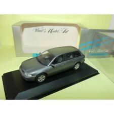 Minichamps Audi A4 avant Delphingrau Metallic 430015010