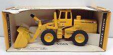 1/16 IH International Harvester Front End Payloader Construction Toy ERTL Nice!