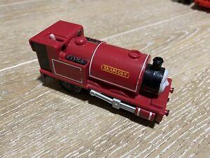 tomy trackmaster thomas the tank engine battery train skarloey