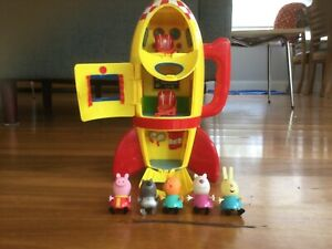 Peppa Pig ROCKET SHIP with 5 CHARATERS INCLUDED