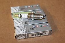 VW Golf Bora Motor de Gasolina Bujía Conjunto De 4 101905601 Nuevo Original VW Parte