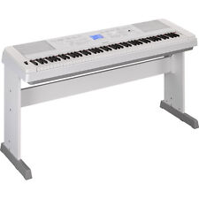 Yamaha DGX-660 88-Key Weighted Portable USB Grand Digital Piano Keyboard White