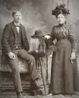 A Happy Couple - Koerner photograph ca 1900 Portland Oregon cabinet photo