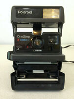 Vintage POLAROID One Step CLOSE UP 600 Instant Film CAMERA With Strap Untested/
