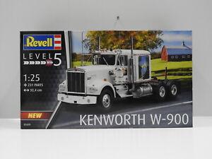 1:25 Kenworth W-900 Revell 7659