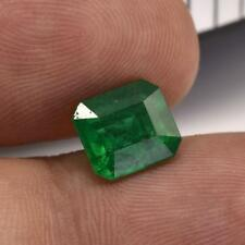2.51Carat100% Natural Octagonal Shape Green Color Certified Colombia Emerald