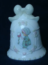 Precious Moments - Holiday Bell - Girl By Birdhouse - 869805 - 1995