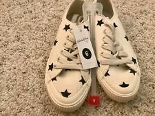 Brand New! Universal Thread Blue and Cream Color Star Print Tennis Shoes Size 6