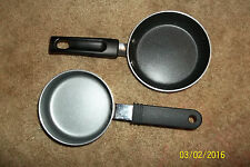 Lot of 2 non stick pans for children or eggs