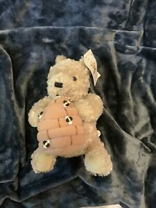 GUND **Musical & Moving** Classic Winnie The Pooh With Beehive Plays Cloud Song!