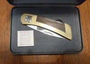 VINTAGE GERBER O.C.TANNER FOLDING KNIFE10K GOLD & SAPPHIRE EMBLEM