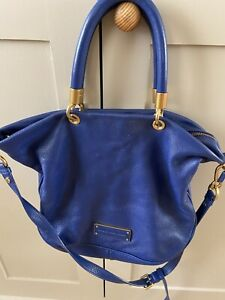 Marc Jacobs  Blue Leather Bag With Strap & Zip Closure