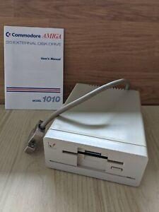"""Commodore Amiga 3,5""""  Diskettenlaufwerk Amiga 1010 external Disk Drive"""