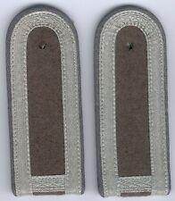 DDR 1 Paar Schulterstücke für einen Unterfeldwebel Landstreitkräfte bei der NVA