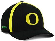 66c09872e2e NWT - NIKE Oregon Ducks NCAA Aerobill Sideline Coaches Cap DRI-FIT Black Cap  Hat