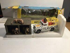 Vintage Corgi Gift Set 8 Lions Of Longleat Boxed