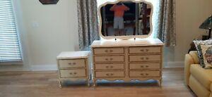 Dixie Furniture Vintage Dresser, Mirror and Nightstand EXCELLENT!!