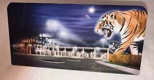 """LSU Caminita Wildlife Metal Picture with Stand  Approximately 8"""" x 6"""""""