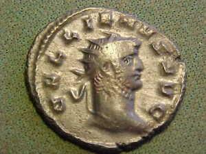 Roman bronze Antoninianus of  Gallienus  253-268 AD. good very  fine condition.