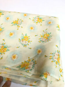 Vintage FABRIC Light Weight Yellow Roses Daisies Flowers Floral Country 2+ Yds