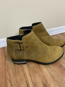 Sorel Lolla Bootie Single Buckle Low Ankle Boot Tan Leather Womens Size 8.5