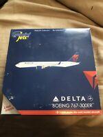 """Gemini Jets 1/400 Delta 767-300ER """"N194DN"""" GJDAL1346"""